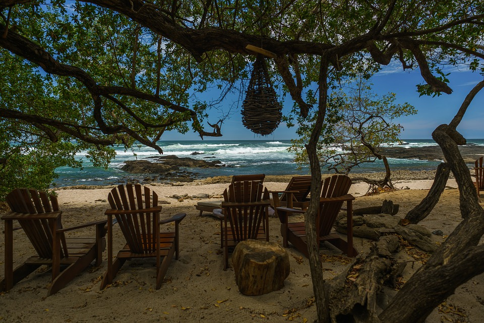 How to Plan a 2 Day Costa Rica Manuel Antonio Beach Trip with Your Children- beach