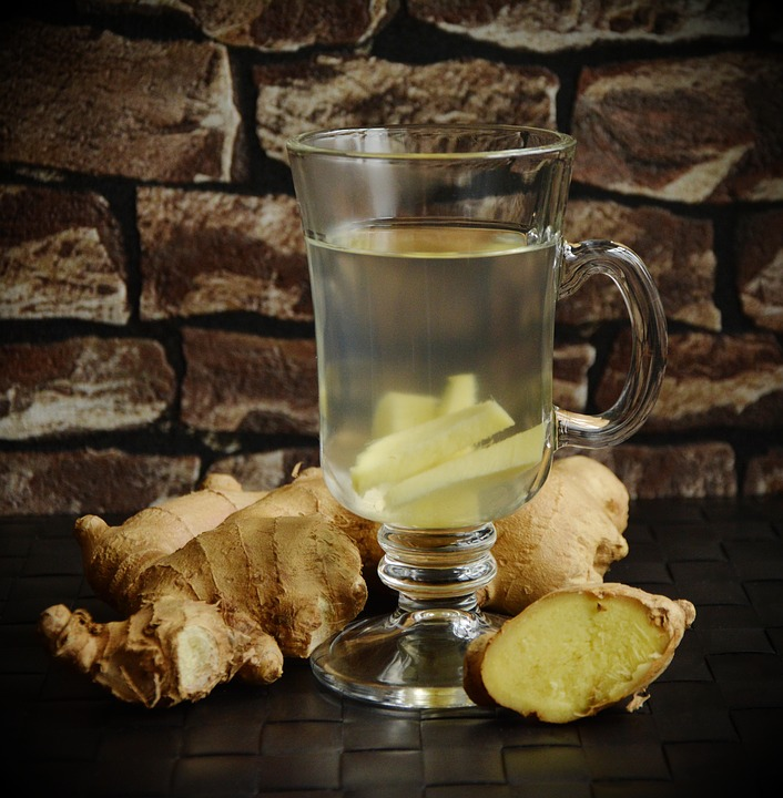 5 Best Drinks To Bring With You During Your Workout-ginger