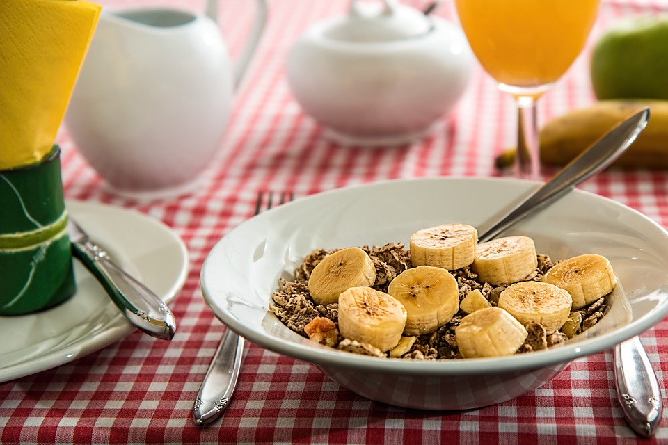 What To Do Before Your Next CrossFit Competition Eat Breakfast